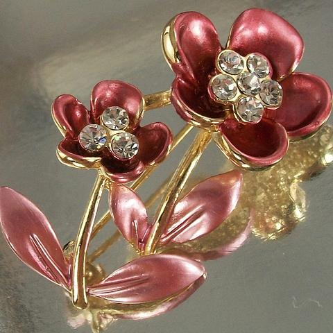 Pink Tone Floral Alloy Brooch with Crystals and 14K Gold plating